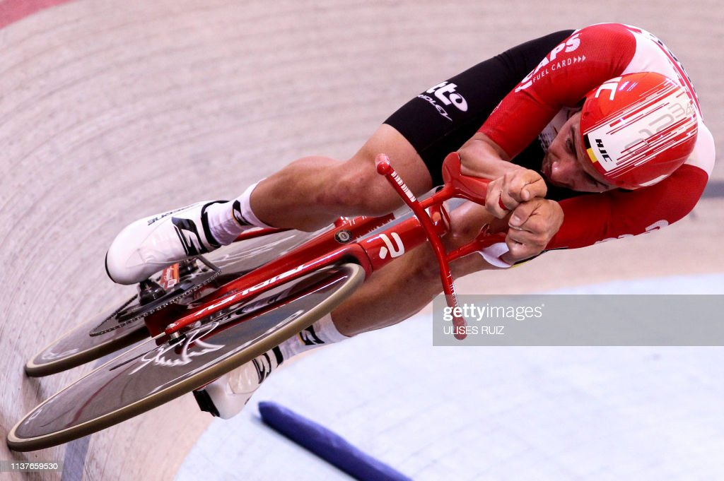 MEXICO-CYCLING-HOUR RECORD-CAMPENAERTS : News Photo