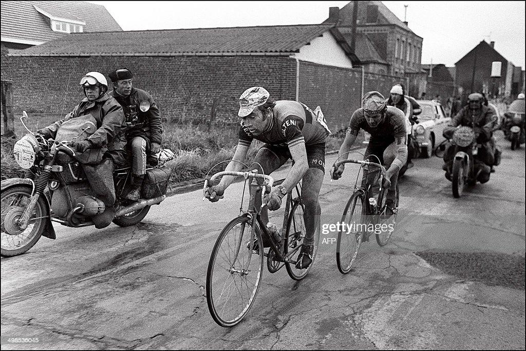 CYCLISME-PARIS-ROUBAIX-1973-MERCKX-VLAMINCK : News Photo