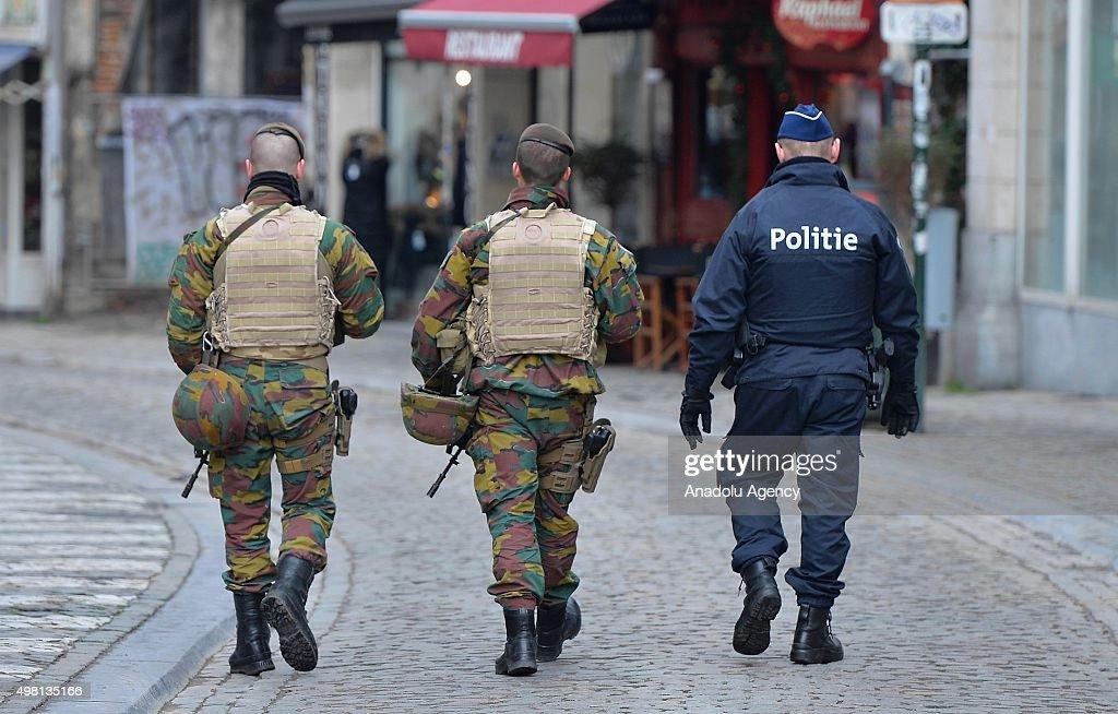 Terror alert in Brussels : News Photo