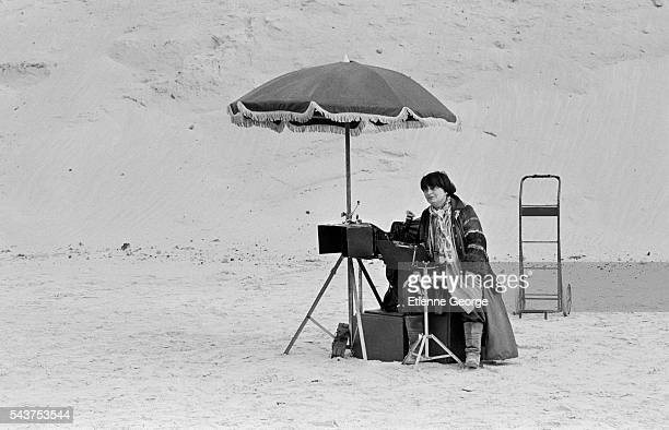 Belgianborn director Agnès Varda on the set of her film Jane B par Agnès V
