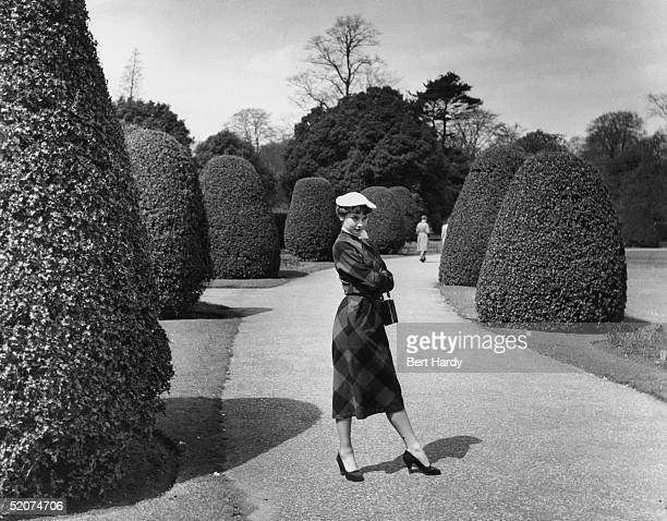 Belgianborn US actress Audrey Hepburn takes a stroll through Kew Gardens London May 1950 She is appearing in the revue 'Sauce Piquante' Original...