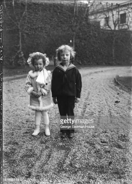 Belgique prince Charle et princesse Charlotte, between 1900 and 1919.
