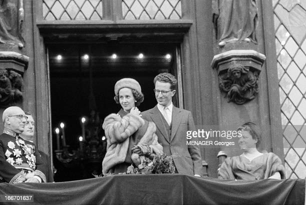 Belgium Baudouin Presents Fabiola SEPTEMBRE 1960 Le prince royal Baudouin présente au peuple belge sa fiancée Fabiola lors d'une tournée triomphale...