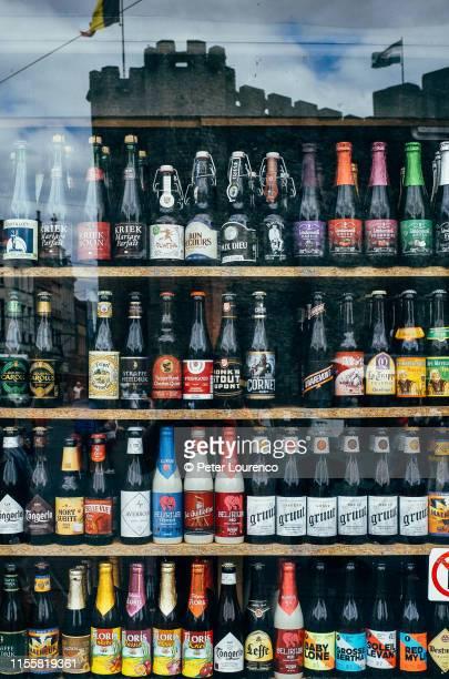 belgium beer - peter lourenco stock-fotos und bilder