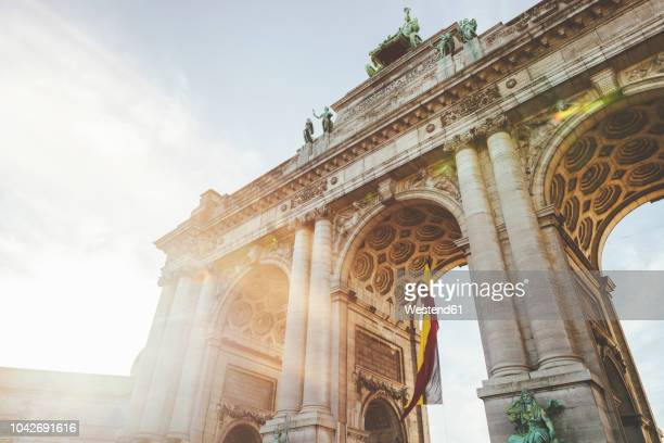 belgium, brussels, triumphal arch of the cinquantenaire palace - brussels capital region stock pictures, royalty-free photos & images