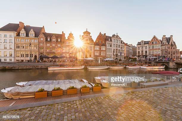 belgium, ghent, old town, korenlei, historical houses at river leie - flandres oriental imagens e fotografias de stock