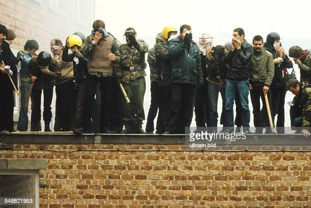 Belgium: Members of th eradical VMO are being arrested.