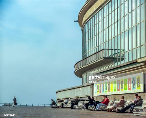 ベルギー、オステンドのプロムナード。 - オステンド ストックフォトと画像