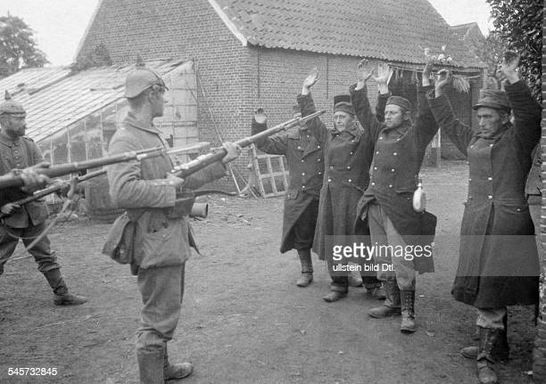 BelgiumFrance AugustSeptember 1914 the first captured Belgian soldiers early August 1914 identical with image no 00007946