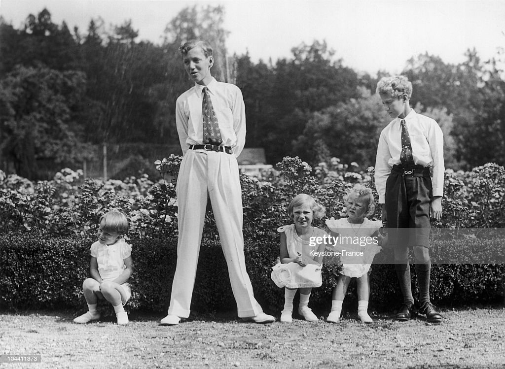 Belgium's Crown Prince BAUDOIN and his sister Princess JOSEPHINE-CHARLOTTE posing with their cousins around 1934. From left to right: Prince BAUDOIN of Belgium, Prince GEORG of Denmark (son of MARGARETHA of Sweden, sister of Queen ASTRID), Princess JOSEPHINE-CHARLOTTE of Belgium, Princess ASTRID of Norway (daughter of Martha of Norway, also a sister of Queen ASTRID) and Prince FLEMMING of Denmark (also a son of MARGARETHA of Sweden).