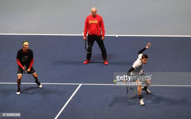 Belgium's Davis Cup tennis players Ruben Bemelmans and Joris De Loore take part in a training session on November 21 2017 at the PierreMauroy stadium...