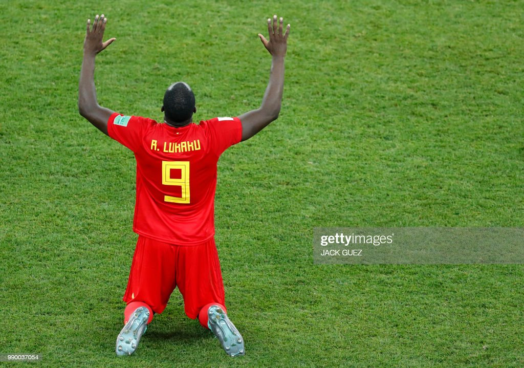 TOPSHOT - Belgium's forward Romelu Lukaku celebrates at the end of the Russia 2018 World Cup round of 16 football match between Belgium and Japan at the Rostov Arena in Rostov-On-Don on July 2, 2018. (Photo by Jack GUEZ / AFP) / RESTRICTED