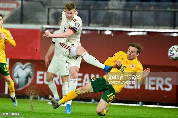 Belgium's Kevin De Bruyne scoring the 1-1 goal during a qualification game for the World Cup 2022 in the group E between the Belgian national team...
