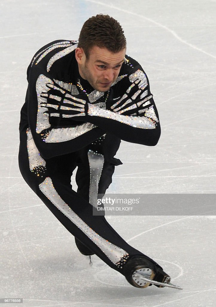 Belgium's Kevin van der Perren competes in the men's 2010 Winter Olympics figure skating short program at the Pacific Coliseum in Vancouver on February 16, 2010. AFP PHOTO/Dimitar DILKOFF