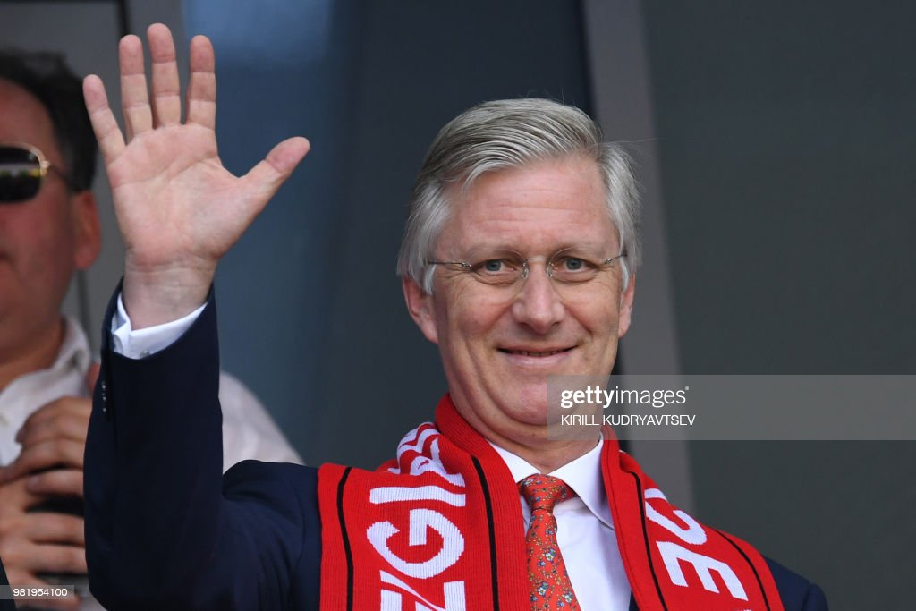 Belgium's king Philippe waves before the Russia 2018 World Cup Group G football match between Belgium and Tunisia at the Spartak Stadium in Moscow on June 23, 2018. (Photo by Kirill KUDRYAVTSEV / AFP) / RESTRICTED