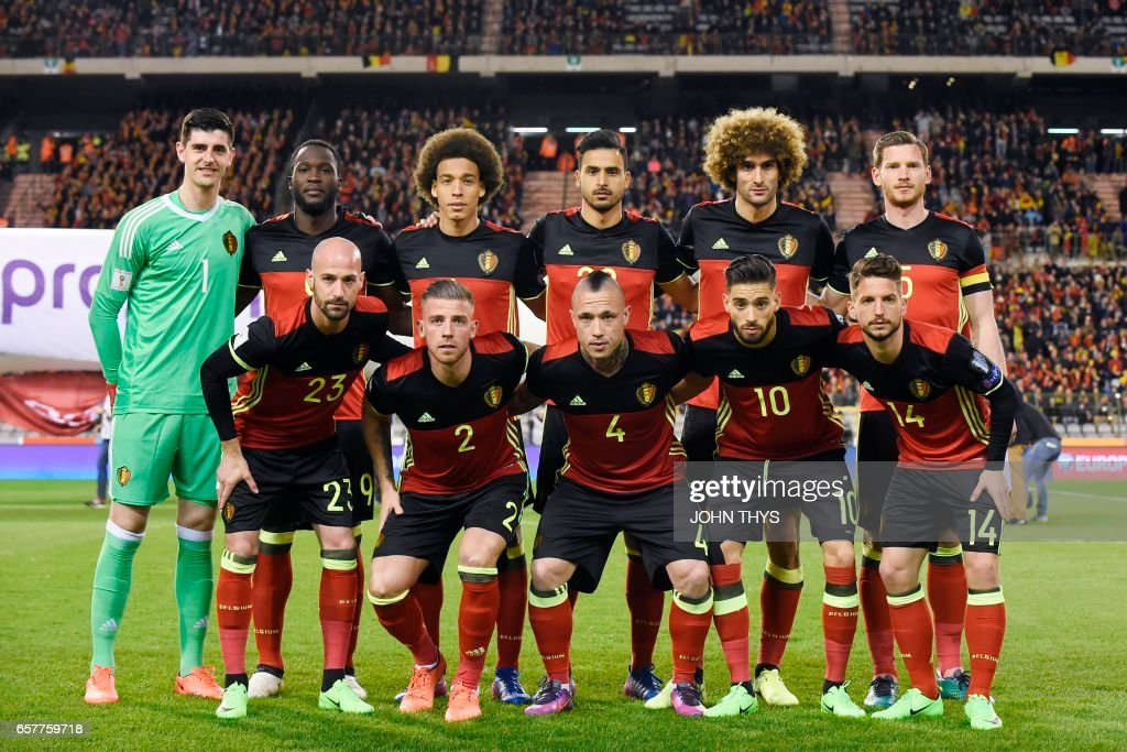 Belgium's national football team players pose for a picture ahead of the WC 2018 football qualification match between between Belgium and Greece, at the King Baudouin Stadium, on March 25, 2017 in Brussels. /