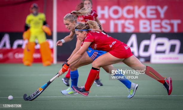 Belgium's Pauline Leclef and Netherlands' Kyra Fortuin fight for the ball during a hockey game between the Belgian Red Panthers and the Netherlands'...