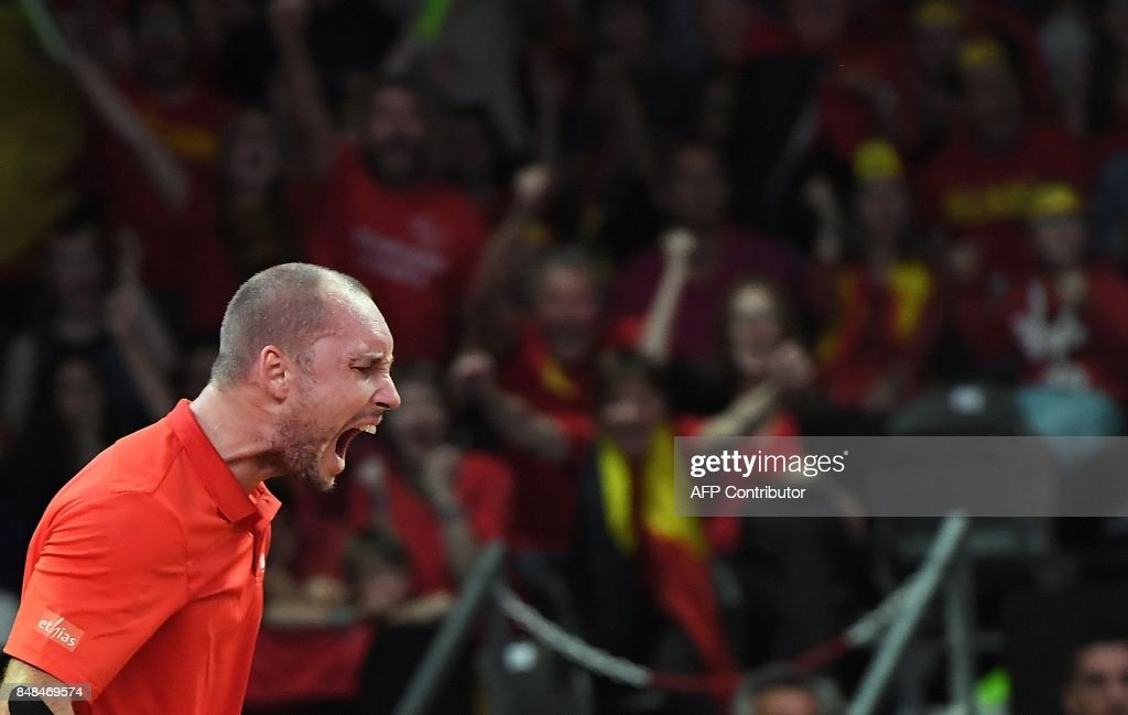 Belgium's Steve Darcis reacts during his tennis match against Australia's Jordan Thomson during the Davis Cup semifinal between Belgium and Australia in Brussels on September 17, 2017. /