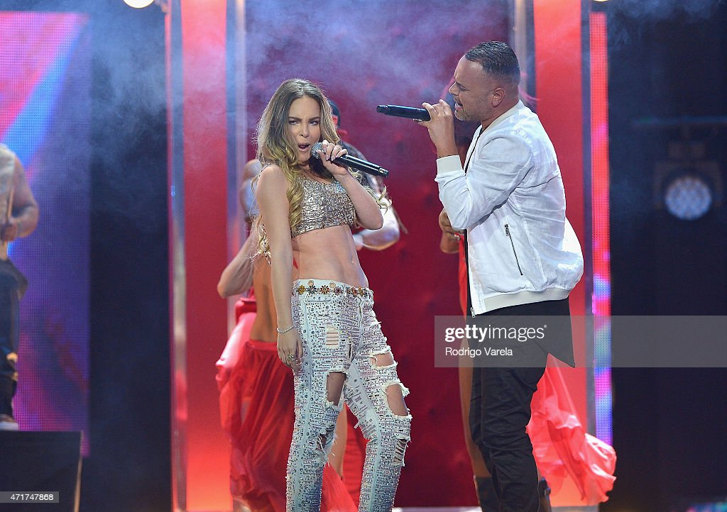 2015 Billboard Latin Music Awards - Show : News Photo