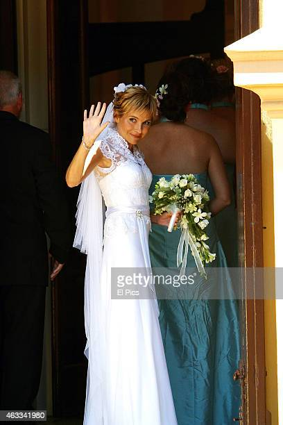 Belinda Emmett and Rove McManus during their wedding held Mary Immaculate Church Waverly on January 29th 2005 in Sydney Australia
