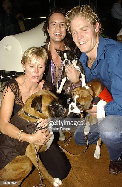30 OCT 2003 Belinda Green with her own dog Ralph Simon Lewis with Aria Chris Brown new vet on Harry's Practice TV show with Argie at the opening of...