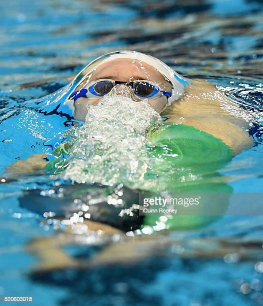Belinda Hocking of Australia competes in the Women's 200 Metre Backstroke during day six of the 2016 Australian Swimming Championships at the South...