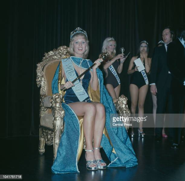 Belinda Lynette Green is crowned Miss World 1972 at the Royal Albert Hall in London, 1972. Behind her are runners-up Ingeborg Sorensen and Chana...