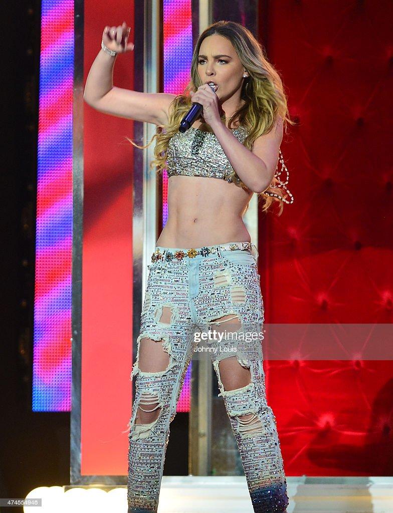 2015 Billboard Latin Music Awards - Show : News Photo