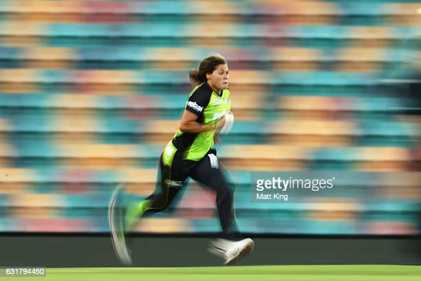 Belinda Vakarewa of the Thunder bowls during the Women's Big Bash League match between the Hobart Hurricanes and the Sydney Thunder at Blundstone...