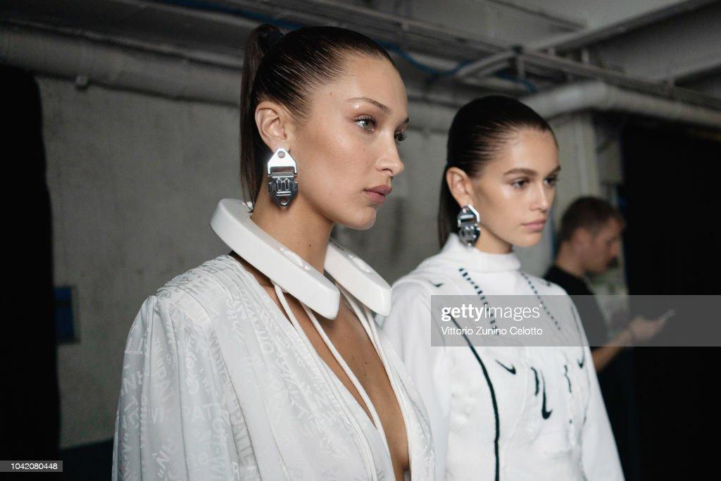 Off-White : Backstage - Paris Fashion Week Womenswear Spring/Summer 2019 : News Photo