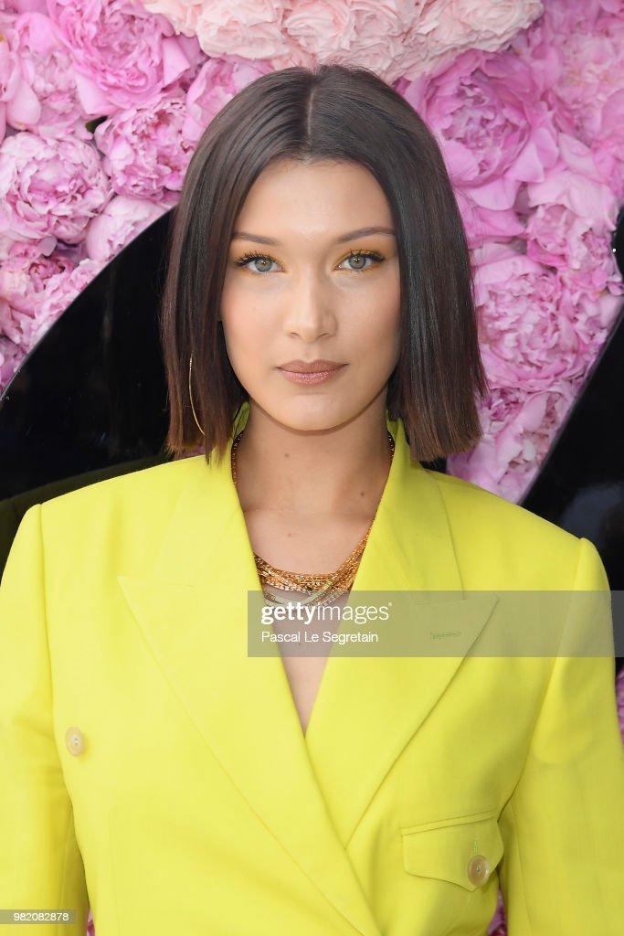 Dior Homme : Outside Arrivals - Paris Fashion Week - Menswear Spring/Summer 2019 : News Photo