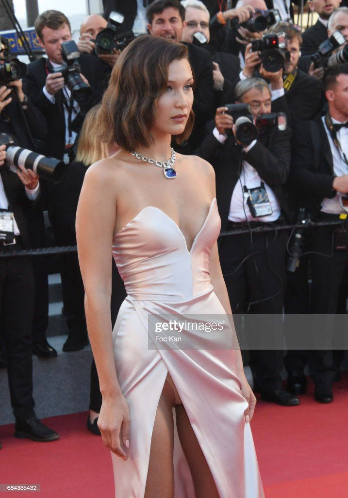 """""""Ismael's Ghosts (Les Fantomes d'Ismael)"""" & Opening Gala Red Carpet Arrivals - The 70th Annual Cannes Film Festival : Nachrichtenfoto"""