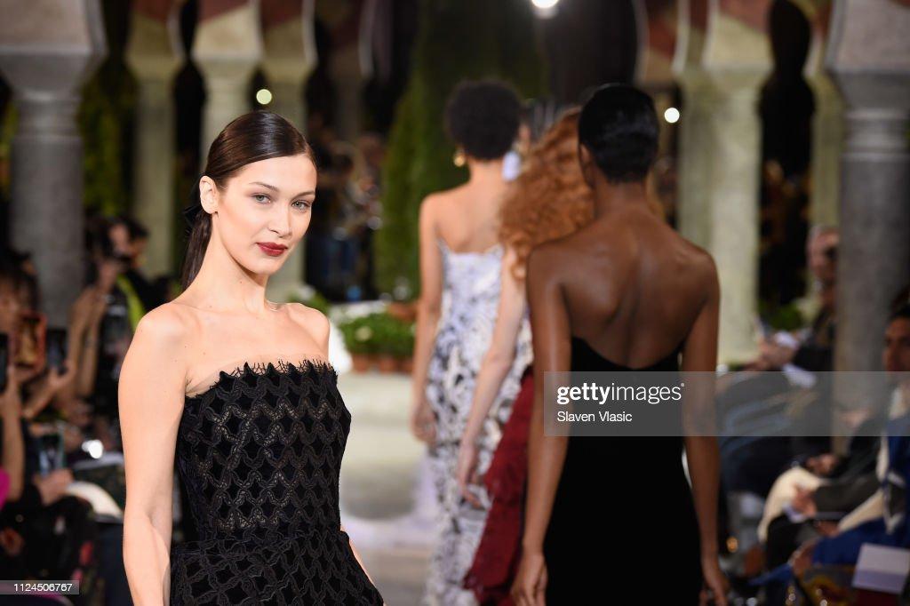 Oscar De La Renta - Runway - February 2019 - New York Fashion Week : ニュース写真