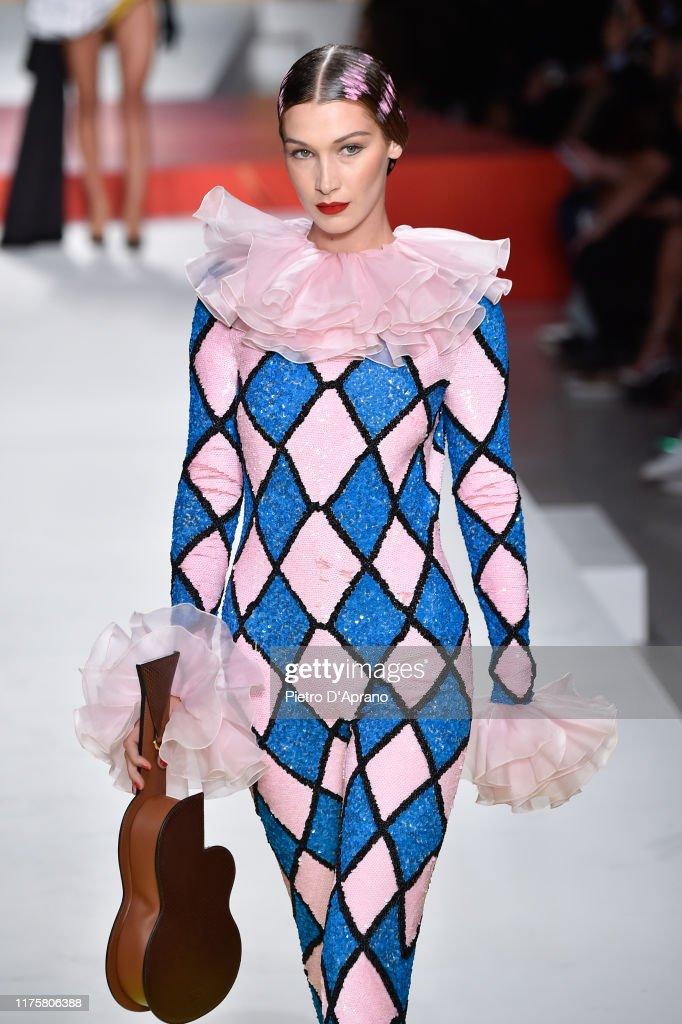 Moschino - Runway - Milan Fashion Week Spring/Summer 2020 : News Photo