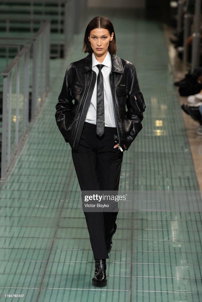1017 Alyx 9SM : Runway - Paris Fashion Week - Menswear F/W 2020-2021 : ニュース写真