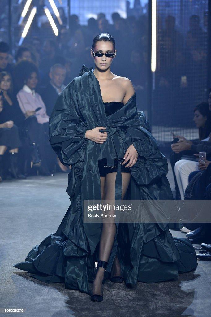 Alexandre Vauthier : Runway - Paris Fashion Week - Haute Couture Spring Summer 2018