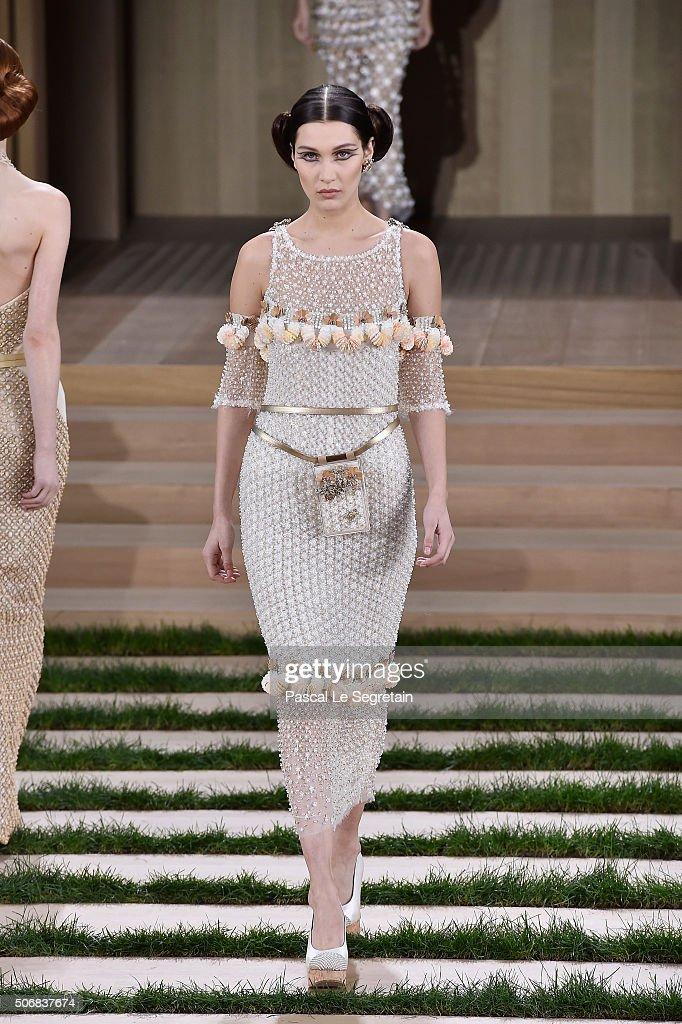 Chanel : Runway - Paris Fashion Week - Haute Couture Spring Summer 2016