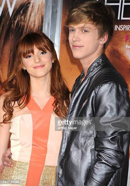 """Bella Thorne arrives at """"The Vow"""" Los Angeles Premiere at Grauman's Chinese Theatre on February 6, 2012 in Hollywood, California."""