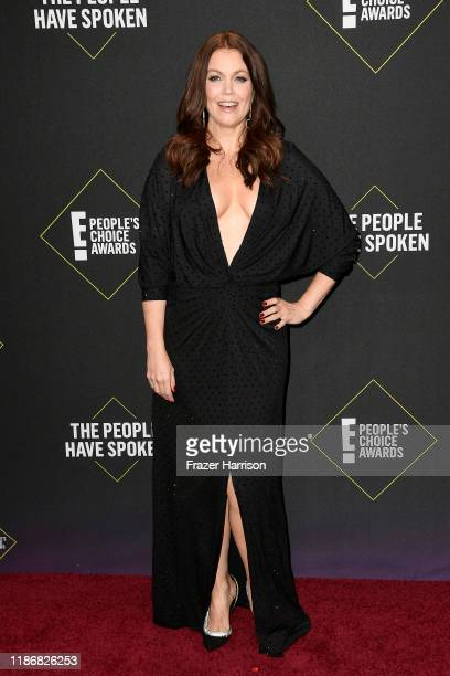 Bellamy Young attends the 2019 E People's Choice Awards at Barker Hangar on November 10 2019 in Santa Monica California