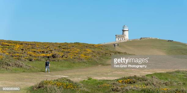 belle tout lighthouse at beachy head panoram - belle tout lighthouse stock photos and pictures