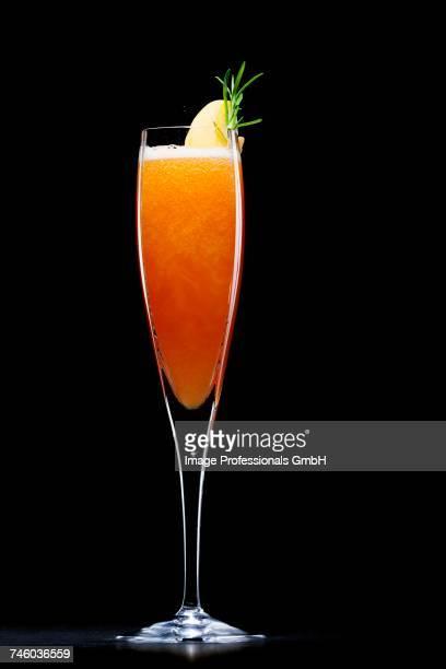 Bellini (Prosecco with peach pure)
