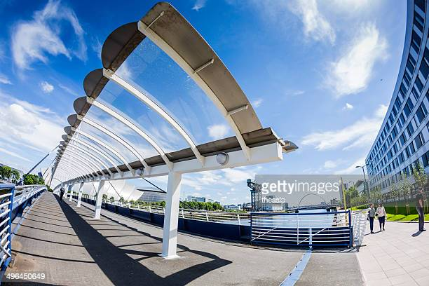 bells bridge over the river clyde, glasgow - theasis stock pictures, royalty-free photos & images