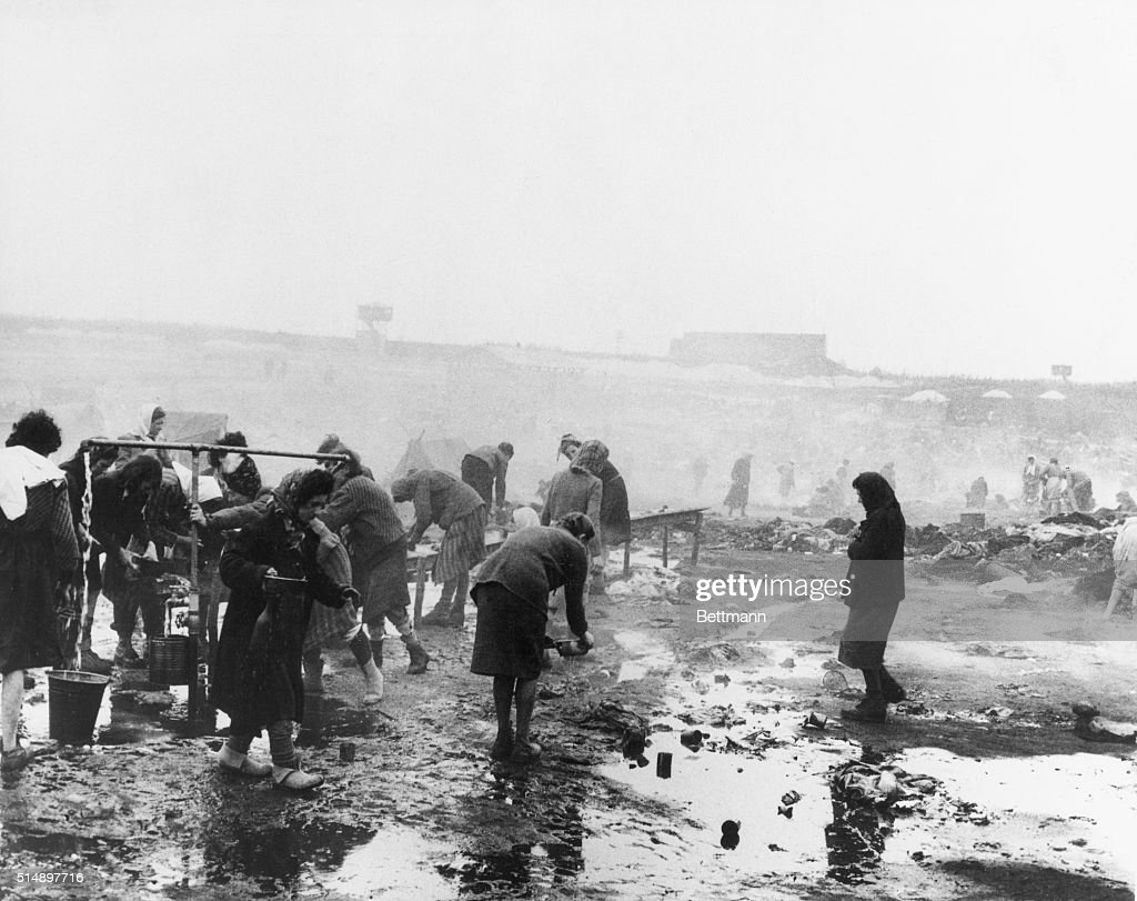 Female Inmates of Bergen-Belsen Concentration Camp : News Photo