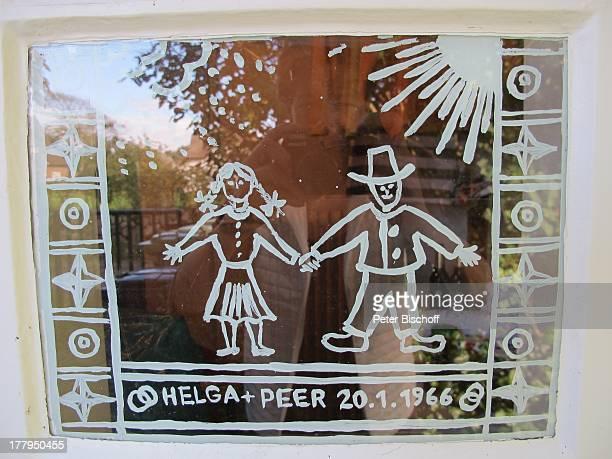 Bemaltes FensterGlas mit Hochzeitsdatum 2011966 von P e e r S c h m i d t und H e l g a S c h l a Ferienhaus von H e l g a S c h l a c k Nebel Insel...
