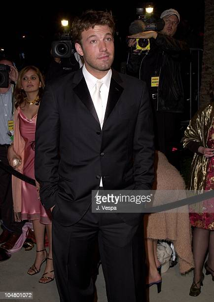 Ben Affleck during 2001 Vanity Fair Oscar Party Arrivals at Morton's Restaurant in Beverly Hills California United States