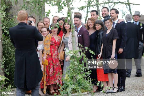 Kit Harington And Rose Leslie Wedding Sightings Stock Fotos Und