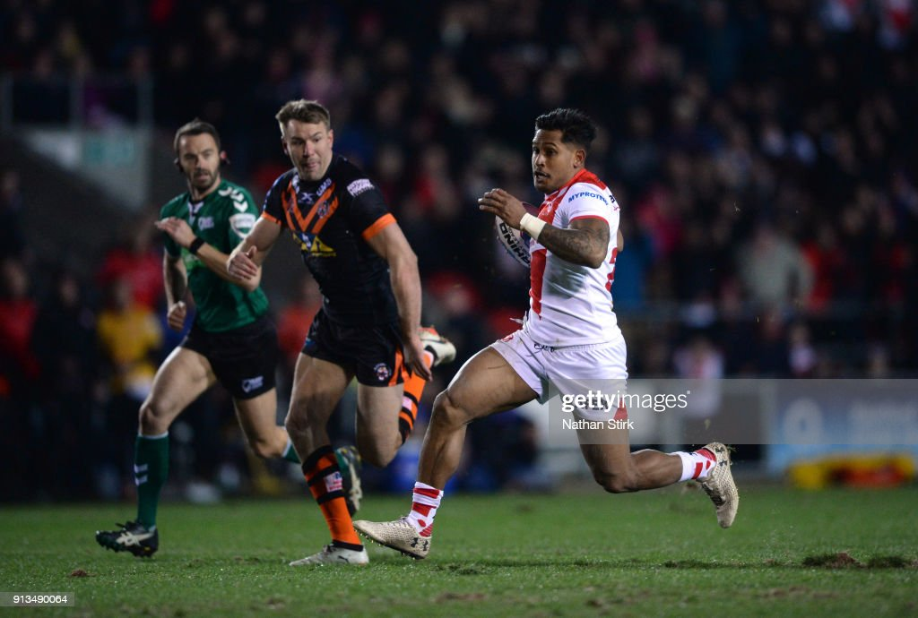 Ben Barba of St Helens breaks free during the Betfred Super League match between St Helens and Castleford Tigers at Langtree Park on February 2, 2018 in St Helens, England.