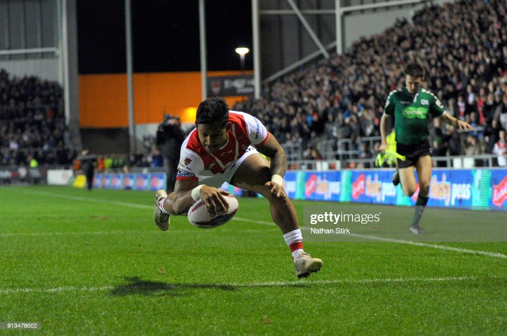 Ben Barba of St Helens scores the first try during the Betfred Super League match between St Helens and Castleford Tigers at Langtree Park on February 2, 2018 in St Helens, England.