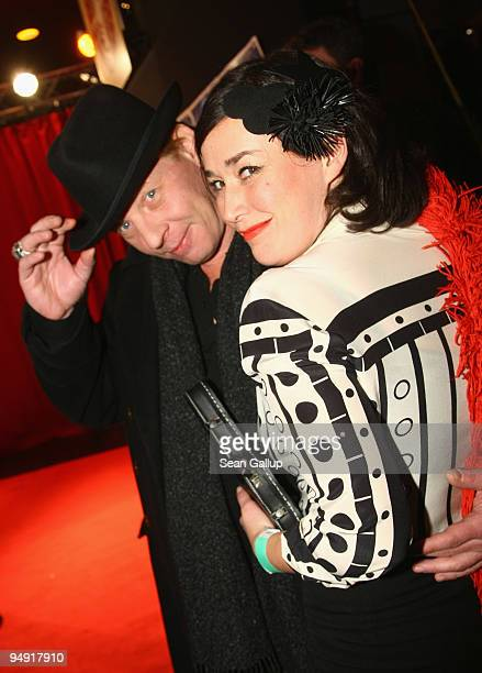 Ben Becker and Fiona Bennett attend the Roncalli Christmas Circus at Tempodrom on December 19 2009 in Berlin Germany