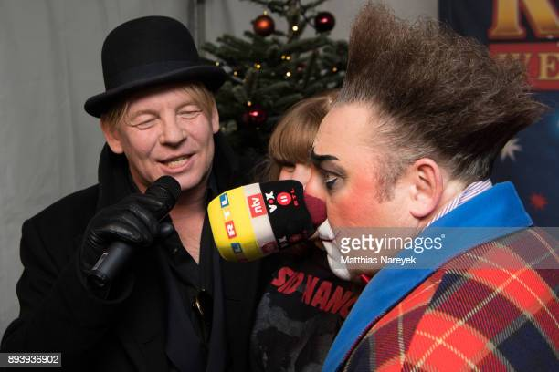 Ben Becker his daughter Lilith Becker and a clown attend the 14th Roncalli Christmas at Tempodrom on December 16 2017 in Berlin Germany